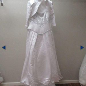 Maggie Sottero White 3pc Wedding Gown Size 10